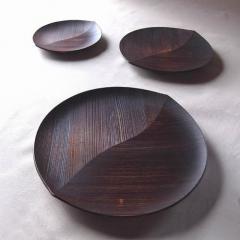 九州産杉木の葉皿ふき漆
